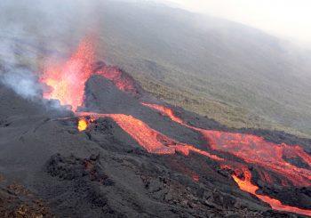 Des photos de la dernière éruption du Piton de la Fournaise