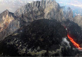 Mécanismes d'accumulation de dômes de laves sur le volcan Merapi